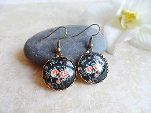 Romantic brass earrings with flower pendants, nature and vintage inspired jewelry, Selma Dreams