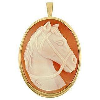 Del Gatto Hornstein Muschelkameeanhänger / -brosche mit Pferdemotiv