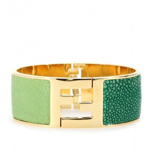 Fendi Armspange mit Rochenleder Grün