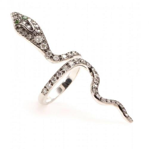 Ileana Makri Cobra 18kt weißgold Ring mit weißen Diamanten und Tsavoriten