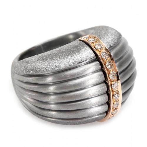 Roberto Marroni Ring aus oxid. und Sat. 925Er Sterlingsilber mit braunen Diamanten und 18kt Rotgold
