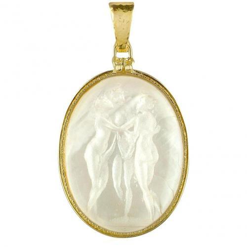 Tagliamonte Three Graces Cameo Kettenanhänger aus 18k Gold und Perlmut